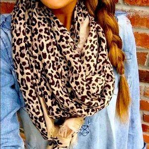 Stella & Dot Leopard print scarf